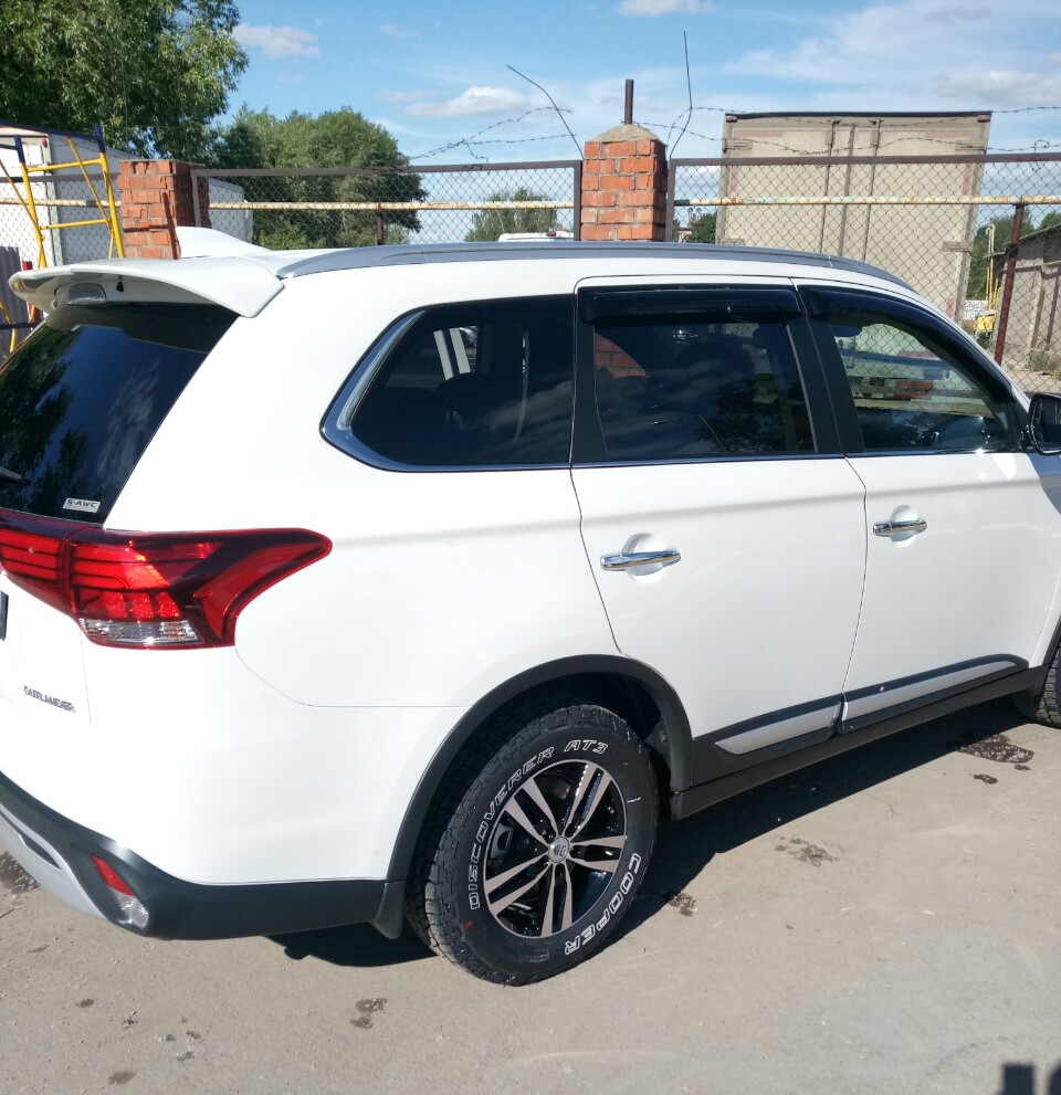 Mitsubishi Outlander 3 AT
